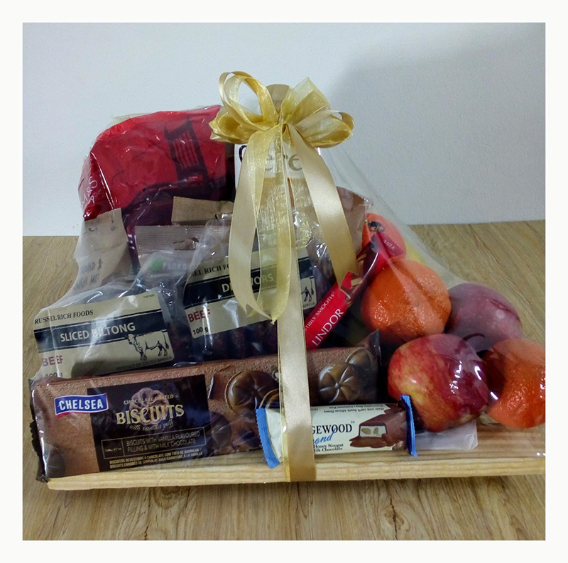 FRESH FRUIT & SNACK HAMPER – GET WELL