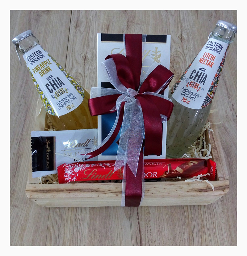 CHIA AND CHOCOLATE HAMPER